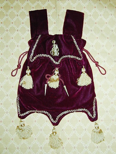 Burgundy velvet pouch with six tassels, based on an effigy at Bakewell Church, Derbyshire
